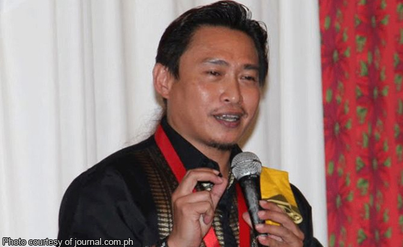 Politiko Teddy Brawner Baguilat